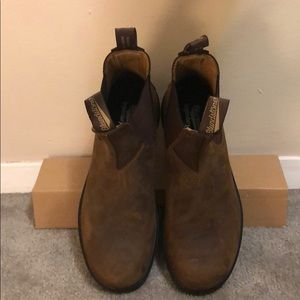 Blundstone 562 boots